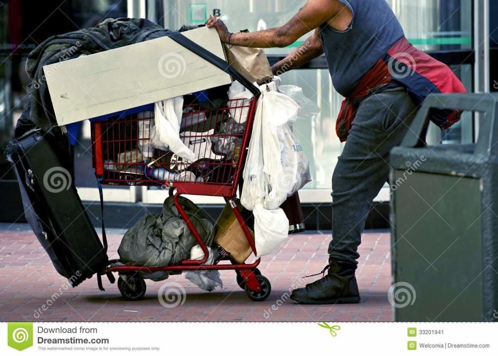 bezdomny-z-wzek-na-zakupy-33201941